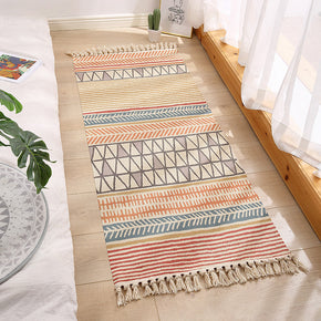 Decorative Colourful Cotton Area Rug Hand Woven Washable Rug Entryway Bedside Runner Thin Floor Mat Carpet with Tassel