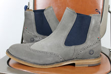 Load image into Gallery viewer, Moscow Chelsea boots