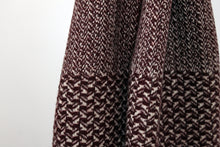 Load image into Gallery viewer, Scarf Swallow Bordeaux