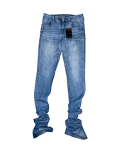 Load image into Gallery viewer, Custom Stacked Jeans Size 8