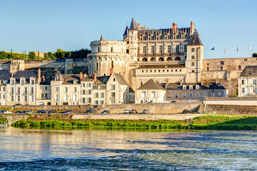 Cycle to Amboise castle.