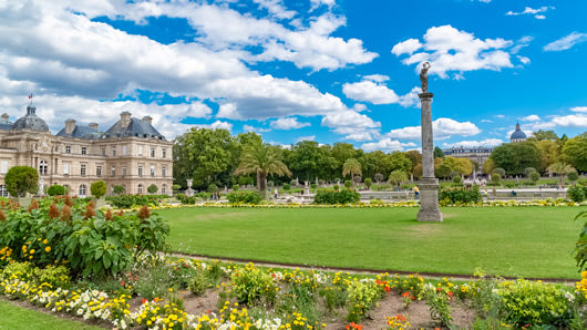 The main section of the Jardins du Luxembourg in Paris on a summer day.