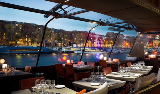 The interior of a Bateaux Parisiens dinner cruise ship.