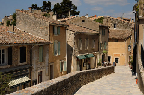 The charming village of Ménerbes in the Luberon area of Provence.
