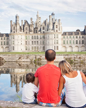 Visit the Loire castles of Chambord, Chenonceau and more from Paris.