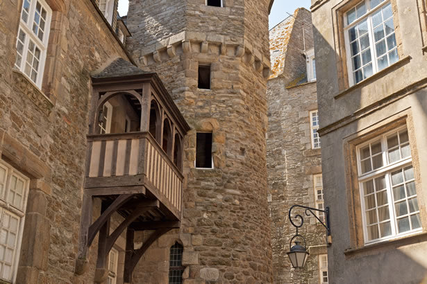 The ancient balcony on the  oldest house in the city of Dinan.