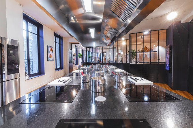 Galerie Lafayette cooking atelier with individual cooking stations