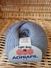 Load image into Gallery viewer, Adriafil Avantgarde 4ply