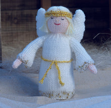 Load image into Gallery viewer, Christmas Knits Book 3