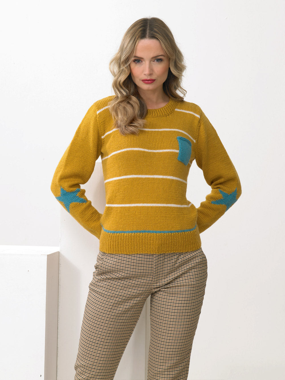 James C Brett Pattern JB952: Sweater