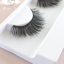 Load image into Gallery viewer, Vegan Lashes Natural Makeup Look_hshbeauty nz