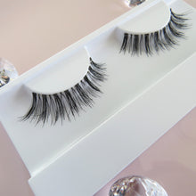 Load image into Gallery viewer, Venus Lashes hshbeautynz_natural eyelash