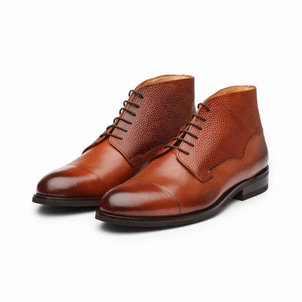 Seqouia Toecap Boots with peble Grain Detail
