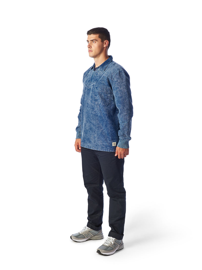 Model Shot Front - Admiral Sporting Goods | Beaumont Training Top (Cardinal Indigo)