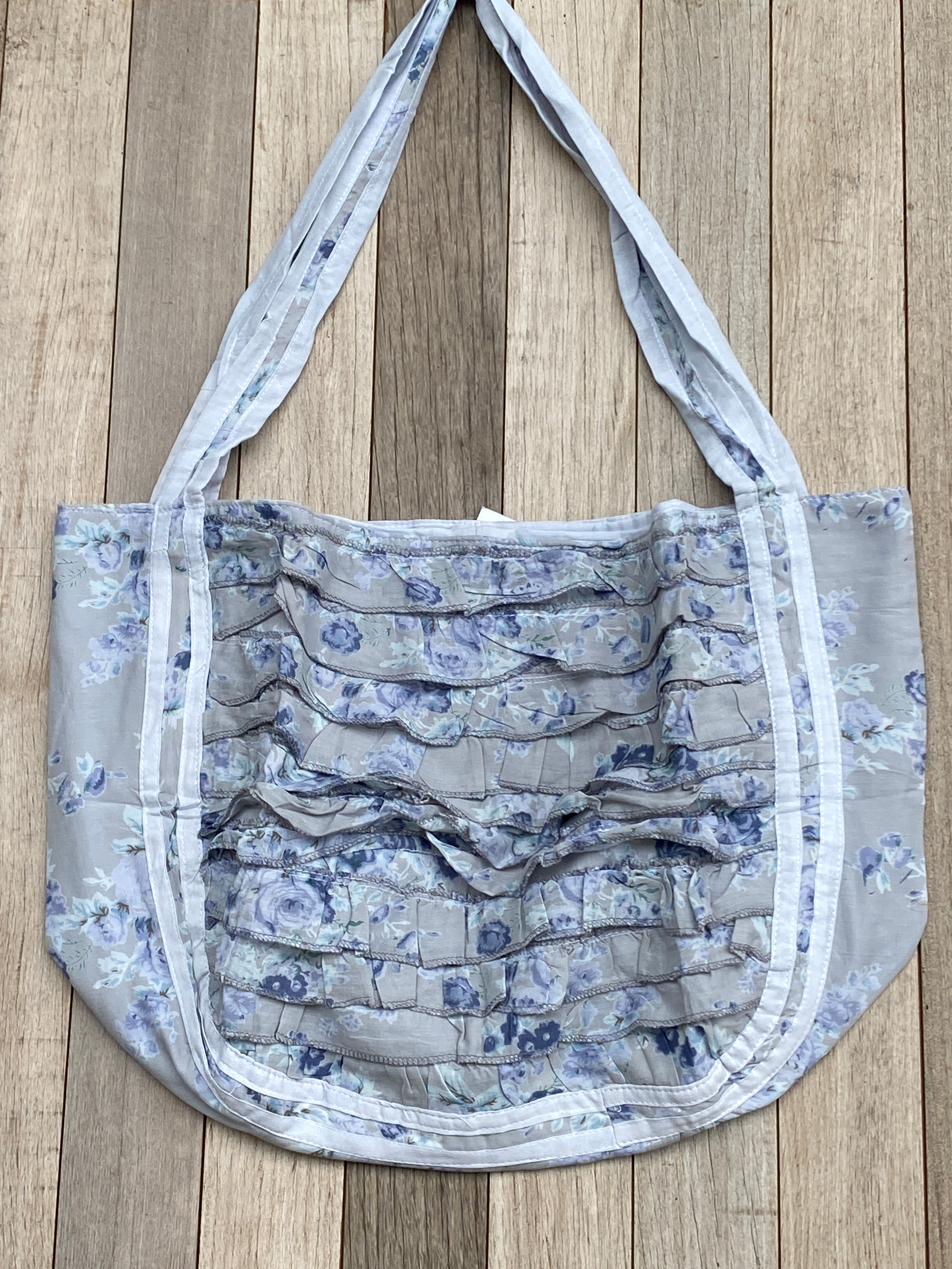Frill Beach Bag