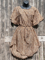 Load image into Gallery viewer, Leopard Short Sleeve Dress