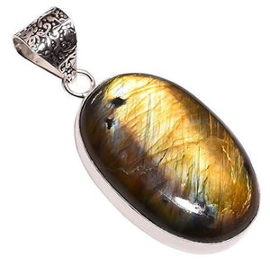 Bullahshah Ethnic Style Sterling Silver Overlay Labradorite Gemstone Pendant, Natural Stone Handmade Necklace for Women with Rhodium Plated Chain, NLG-634