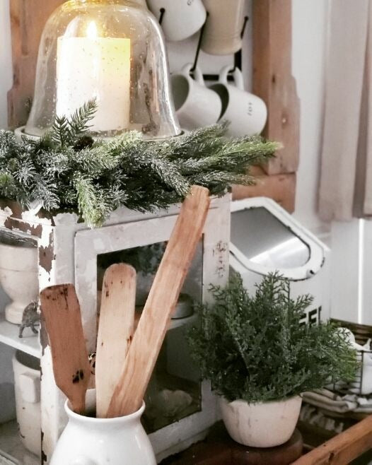 Decorating With Neutrals For Christmas