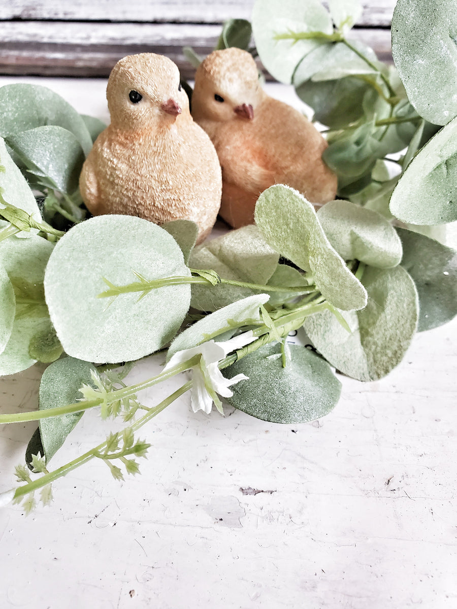 Set of 2 Baby Chick Figurines