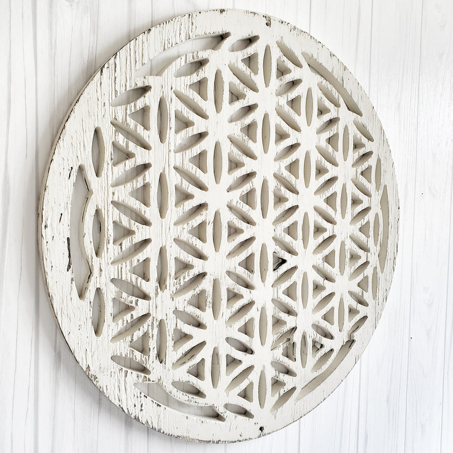 Chippy White Cut Out  Wood Medallion Bloom