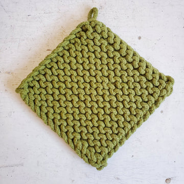 MEADOW GREEN CHUNKY CROCHET POTHOLDER / TRIVET