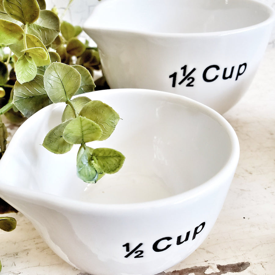 Set of 4 Ceramic Nested Measuring Cups