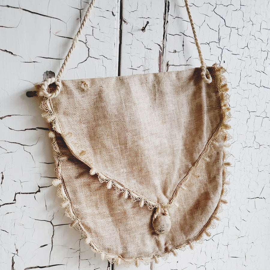 Gorgeous Antique Linen Purse