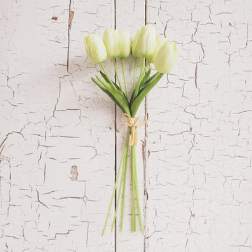 Real Feel Tulip Bunch - PALE GREEN
