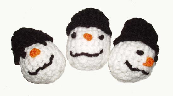 Cat Toy- Hand Crocheted Snowman with Natural Catnip-USA made - A Pet's World