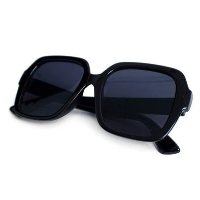 Black Ladie's Oversize Sunglasses - Sixbows.com