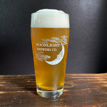 Load image into Gallery viewer, Pint of Sherwood By Sherpa beer