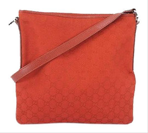 GUCCI Messenger Bag Crossbody Bag red.