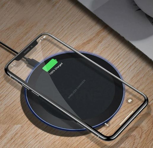 Universal Fast Wireless Charger For Android & IPhone