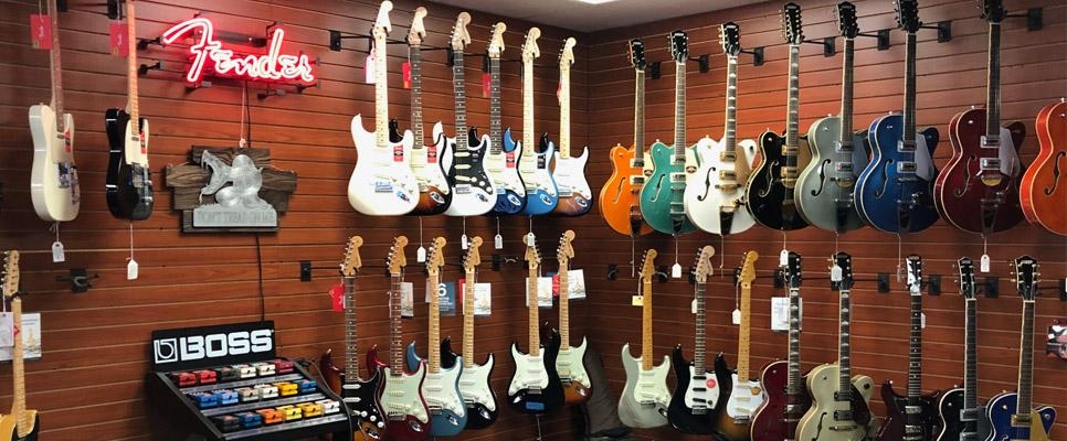 top 40 guitars new and used guitar store in san diego ca. Black Bedroom Furniture Sets. Home Design Ideas
