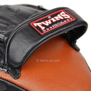 Twins PML-10 Deluxe Curved Focus Mitts Brown