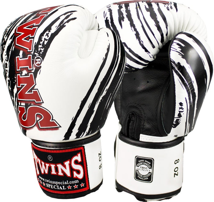 Twins Special FBGV-TW2 Boxing Gloves White/Black Claw