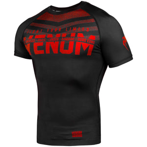 Venum Signature Short Sleeved Rashguard - Black/Red