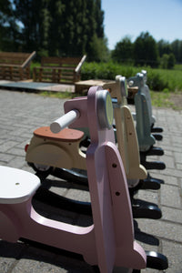 Childhome schommel scooter