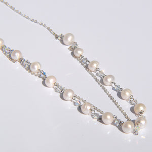 Chained Pearls Necklace