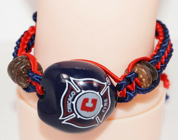 CHICAGO FIRE MLS - SINGLE KUKUI NUT + MACRAME BRAID BRACELET SOCCER FUTBOL NEW - EZ Monster Deals