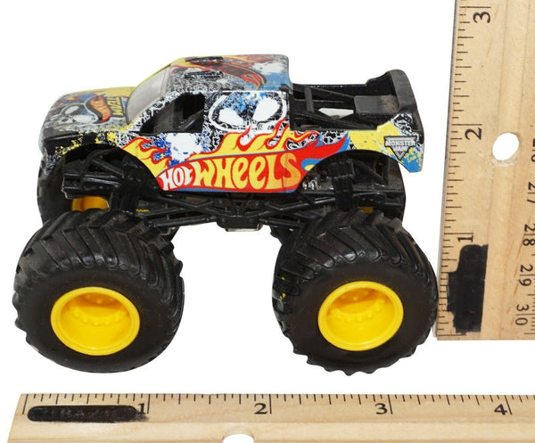 FIRESTORM TEAM HOT WHEELS - MONSTER JAM REV TREDZ 1:43 TOY VEHICLE TRUCK USED - EZ Monster Deals