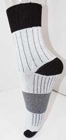 2 PAIRS HESPELER PERFORMANCE HOCKEY SKATE SOCKS SIZE SMALL 3-5 KIDS OR WMN 5-6.5 - EZ Monster Deals
