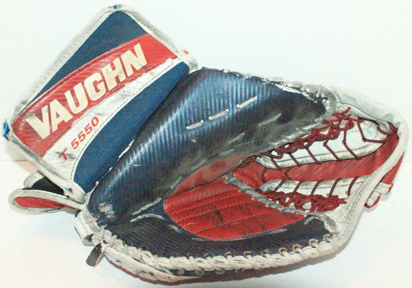 VAUGHN 5550 GOALIE GLOVE VINTAGE HOCKEY CATCHER USED INTERMEDIATE OR ADULT SMALL - EZ Monster Deals