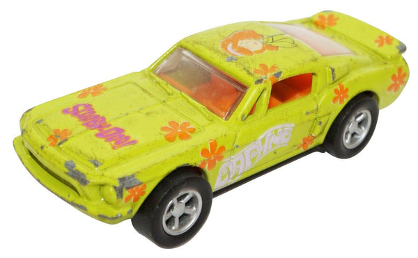 DAPHNE SCOOBY DOO DIECAST VINTAGE CAR 68 FORD MUSTANG RACING CHAMPIONS USED 2001 - EZ Monster Deals
