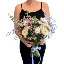 Load image into Gallery viewer, Everlasting bouquet (Classic Size 25 stems)