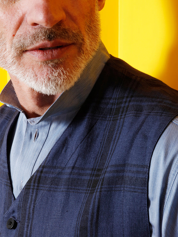 pure linen fabric with lumber jacket checks patch-pocket waistcoat