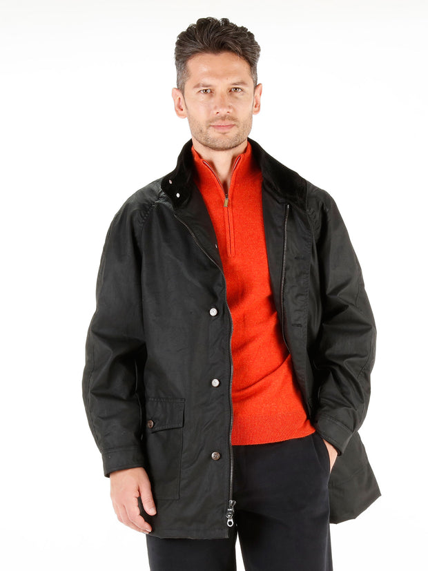 dry-oiled cotton of black colour golf coat jacket
