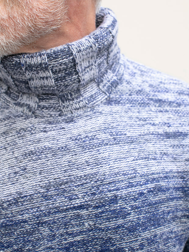 inis meáin turtleneck jumper in blue merino wool and cashmere