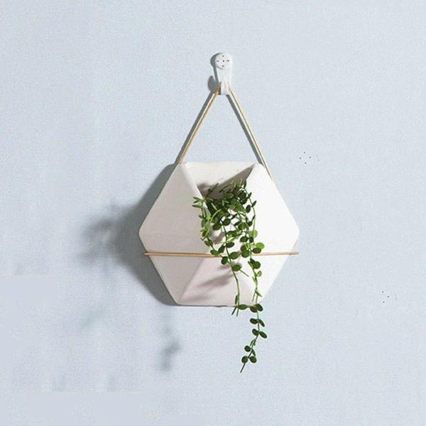 Hanging Pot Ornament