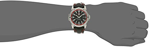 Luminox Men's 6265 Mariner Analog Display Analog Quartz Black Watch
